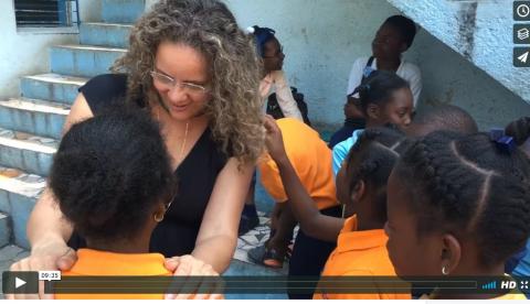 (Français) Soigner rapidement et efficacement les diarrhées du voyageur. Conseils Santé Ingrid Schutt, Homeopathe.ca en Haïti